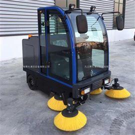 大型倉儲物流用駕駛式掃地機